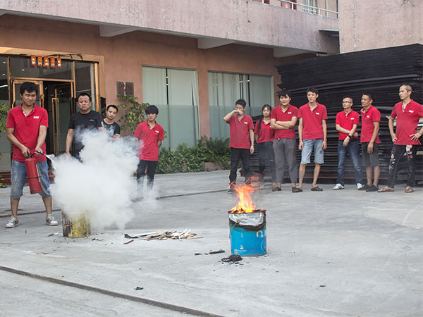 雅欣-团队消防演习